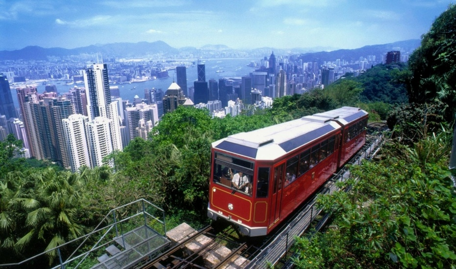 Experience these Hong Kong tourist attractions, from bustling street markets to quaint fishing villages
