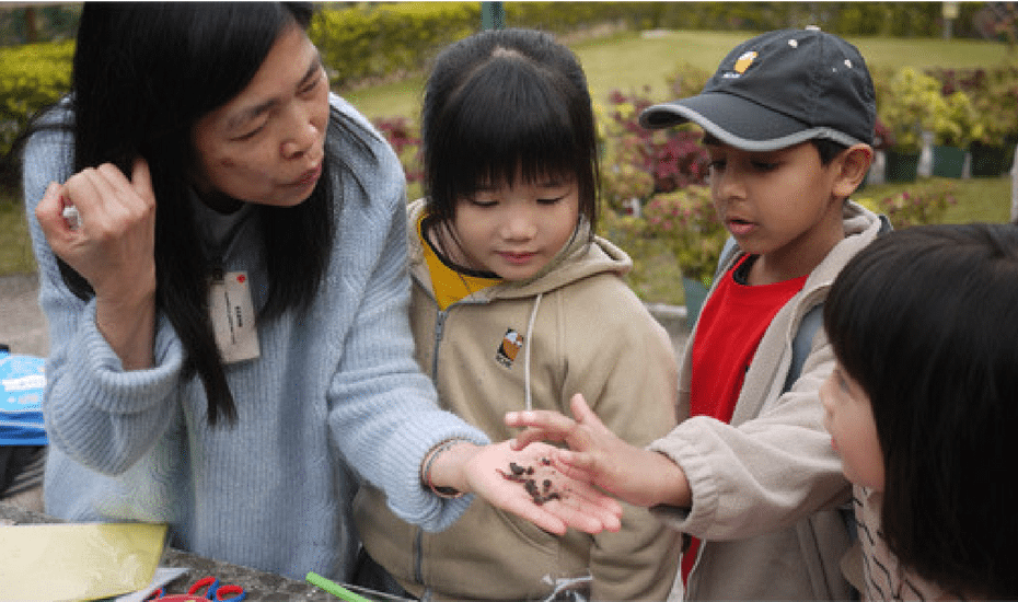 volunteer in Hong Kong kadoorie farm botanic garden