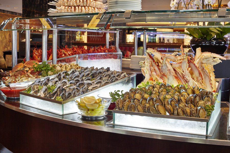 best dinner buffets in Hong Kong Mandarin Oriental Clipper Lounge seafood