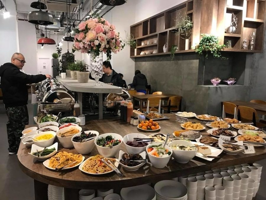 best dinner buffets in Hong Kong vegan buffet Ahimsa vegetarian restaurants in Mong Kok vegetarian restaurants in Hong Kong