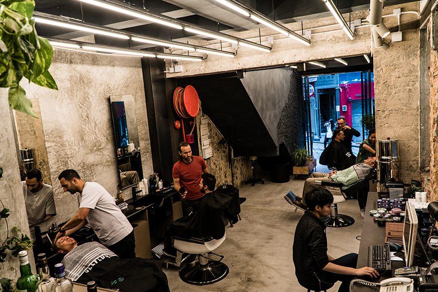 Selvedge Barbers interior