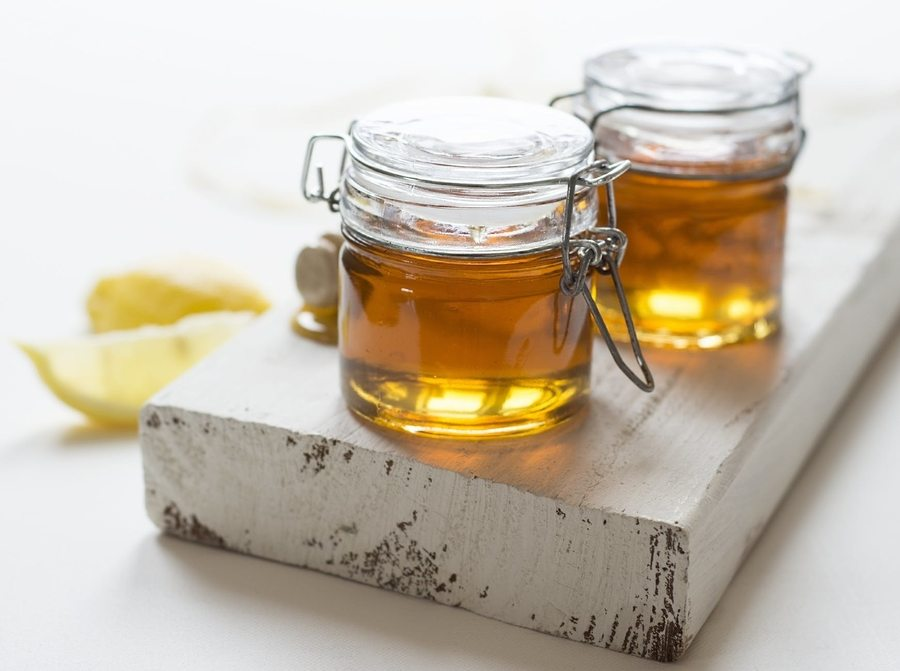 best natural beauty honey in jar