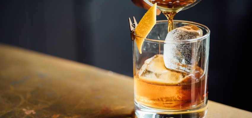 best Negronis in Hong Kong cocktail