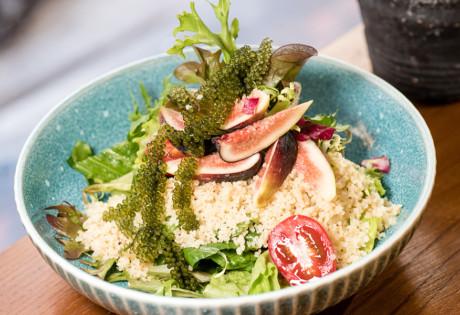 2DP vegetarian restaurants Hong Kong salad