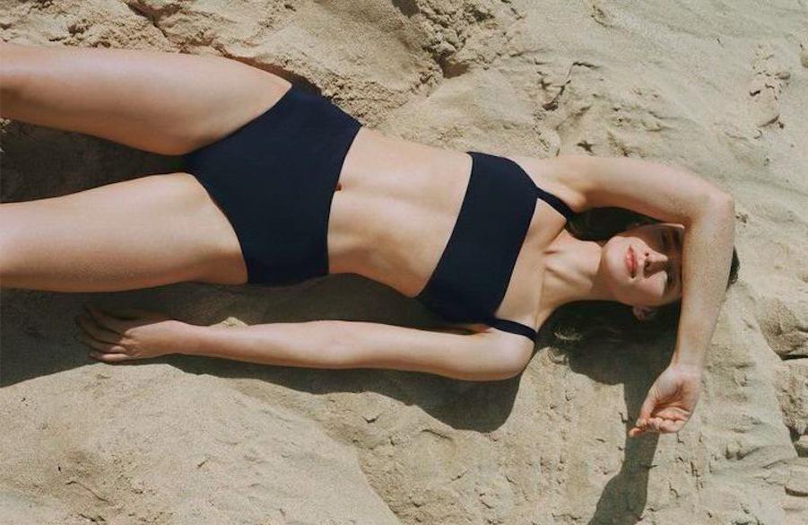 From deep-v swimsuit to high waisted bikini bottoms, shop women's swimwear in Hong Kong