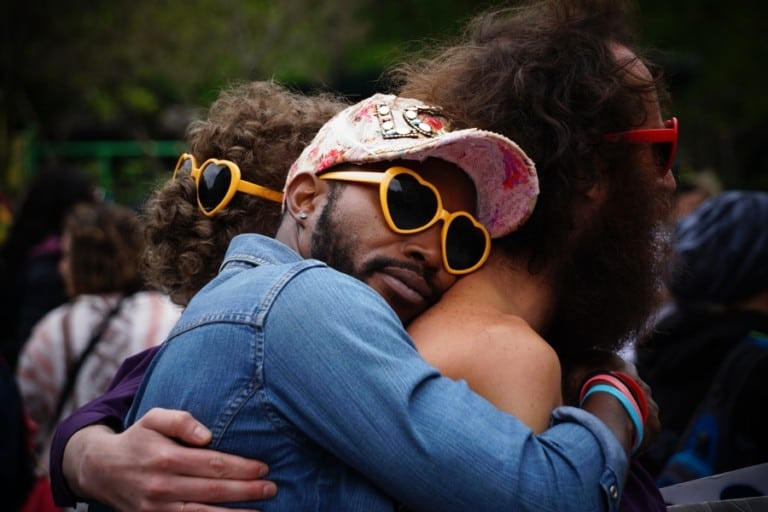 Heart to heart: Why I'm bringing hugging back and going all in on my greetings #itsthehuglifebaby