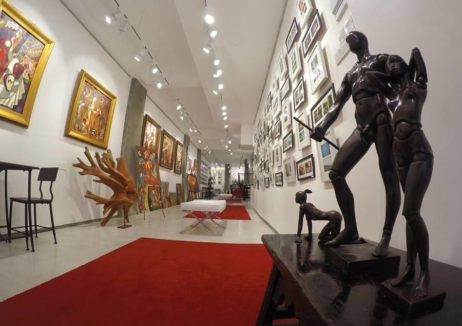 iAOHiN Gallery