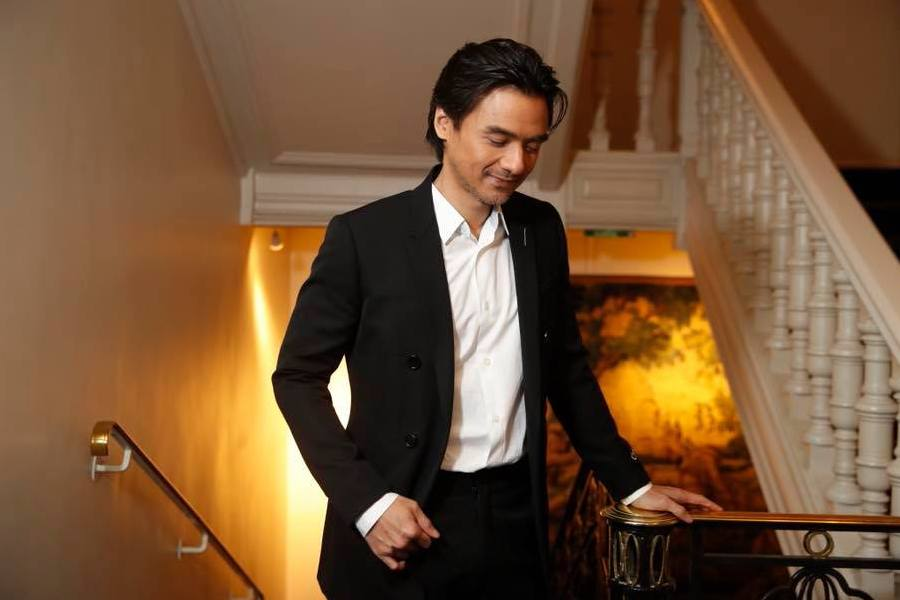 Hong kong heartthrobs Stephen Fung in black suit