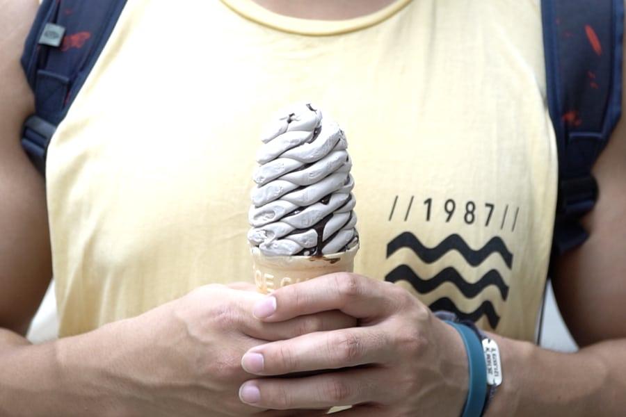how to keep cool in hong kong circle k $10 ice cream