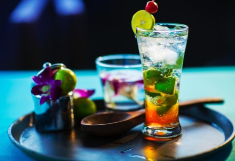 best happy hours in Hong Kong