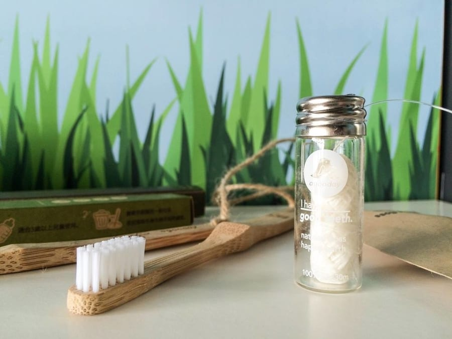single-use plastic in Hong Kong sustainable toothbrushes