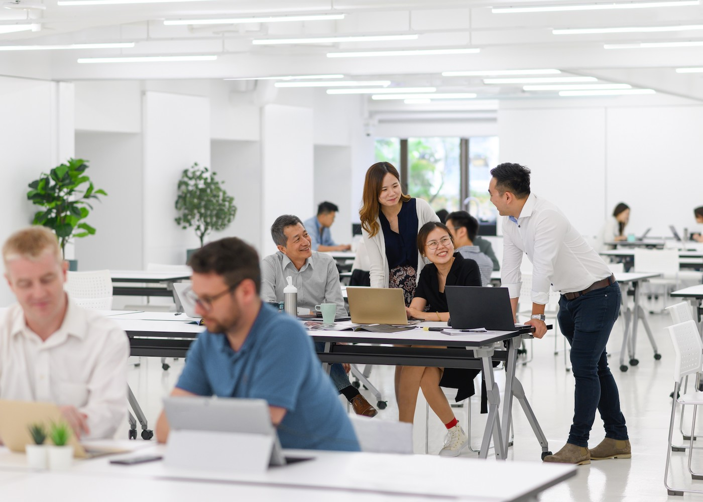 best coworking spaces in Hong Kong thedesk