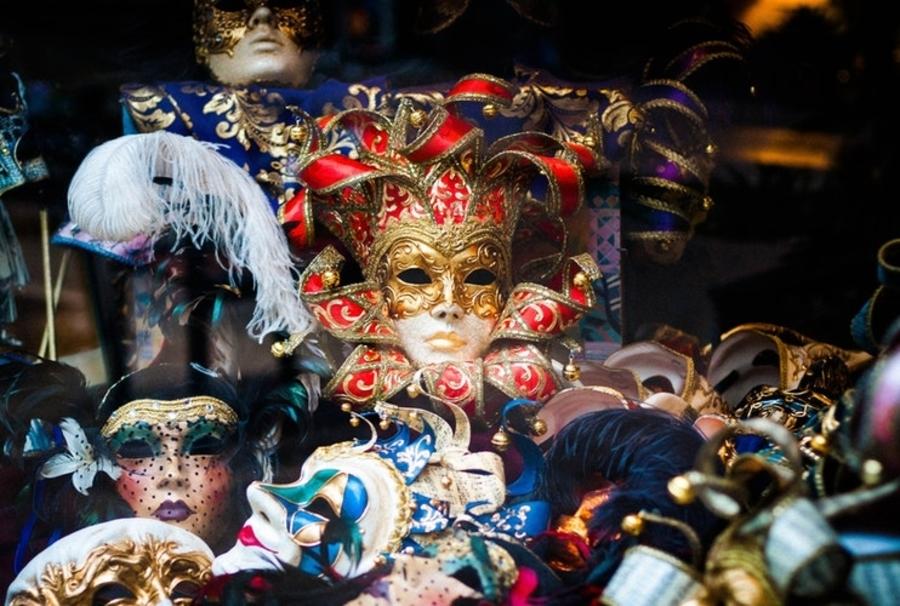Matteo Party costume shops in Hong Kong