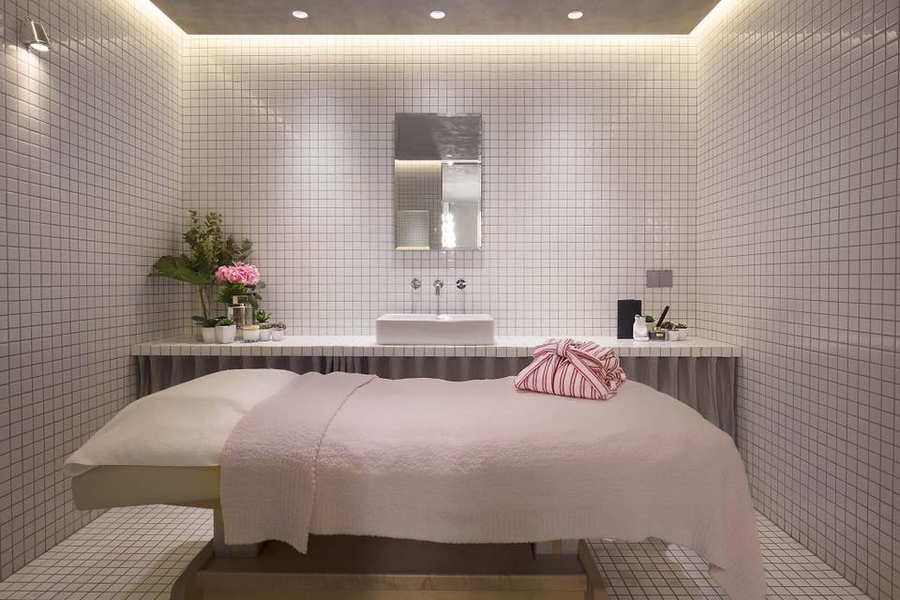 best spas in Hong Kong Joyce Beauty Facial suites