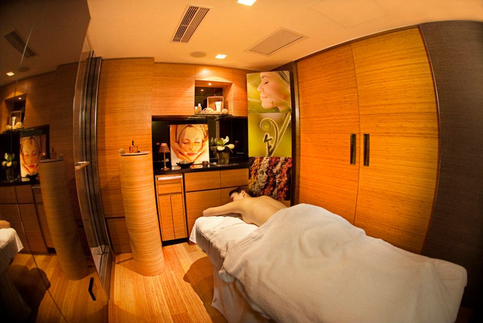 best spas in Hong Kong Emmanuel F