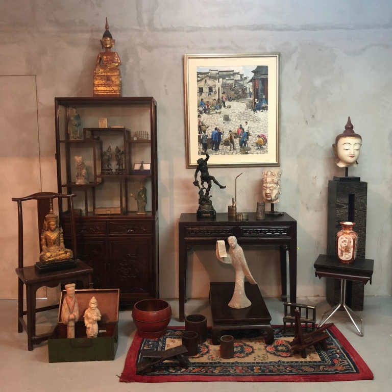 WAREHOUSE SALE – Asian paintings, Antiques and Object d'art