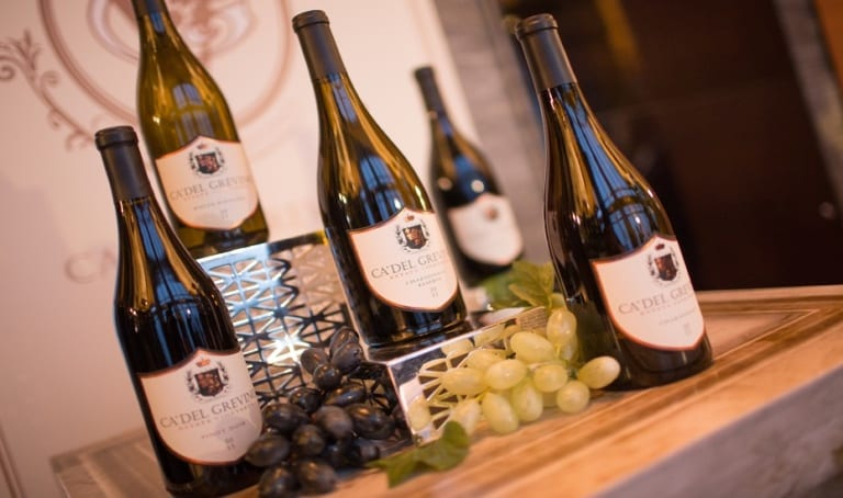 Wines produced from hand-picked grapes are the tastiest! Ca' Del Grevino ensures the quality of your every sip