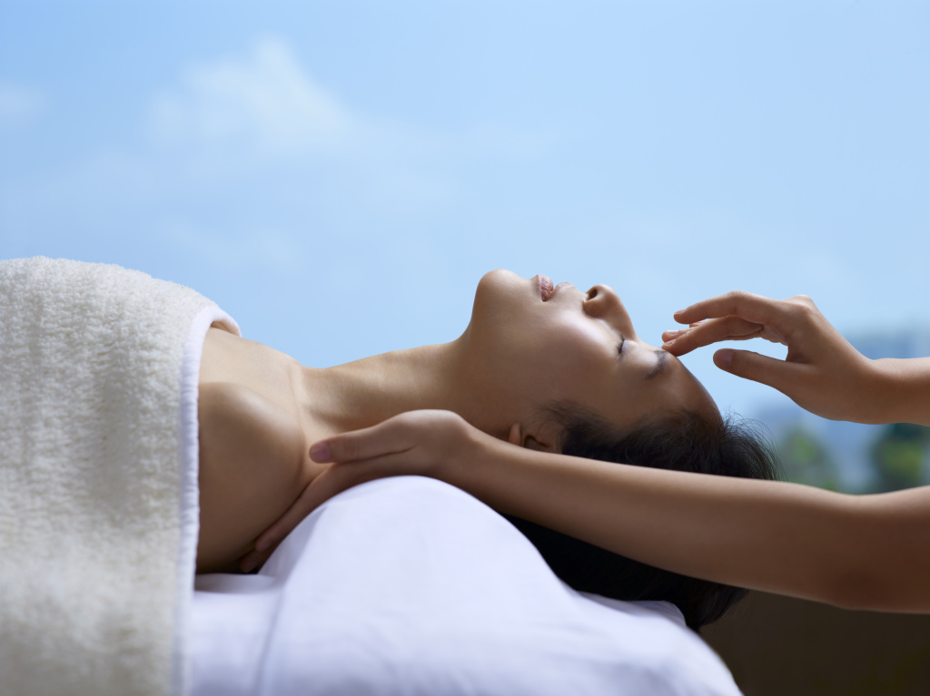 Enjoy Melo Perfect Equilibrium at Melo Spa with 15% off on facial treatment & massage