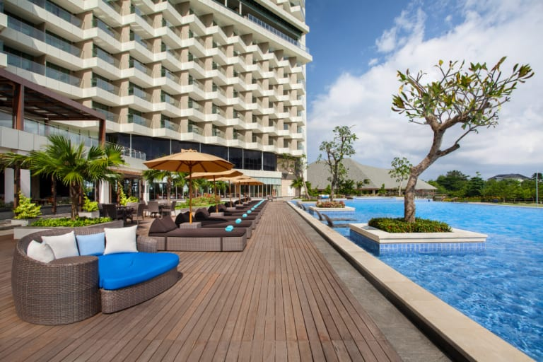 Looking for a new family holiday spot? Try Radisson Golf & Convention Center Batam
