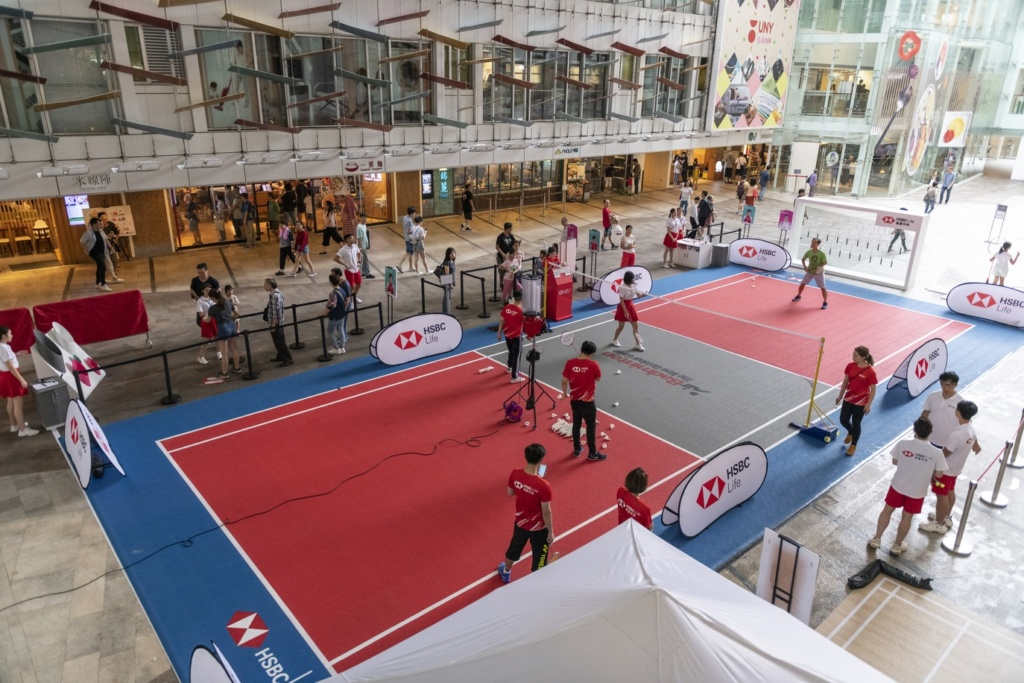 "COME AND JOIN THE HSBC LIFE ""BADMINTON EXPERIENCE TOUR""!"