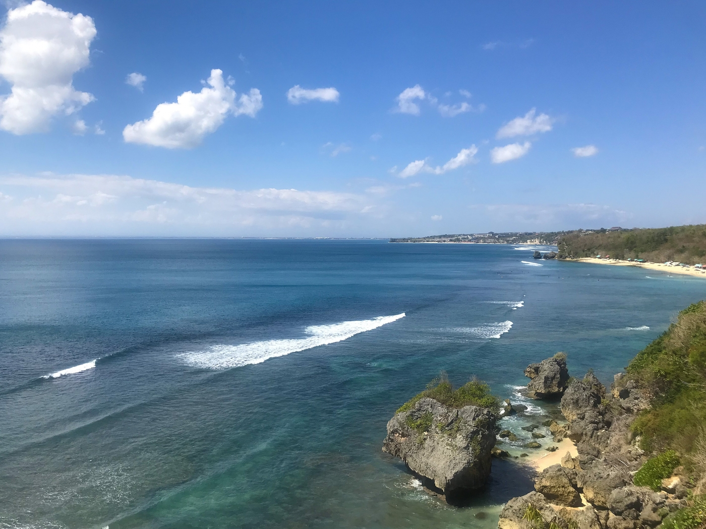 Our tried and tested guide to Uluwatu will have you set for your best vacay yet