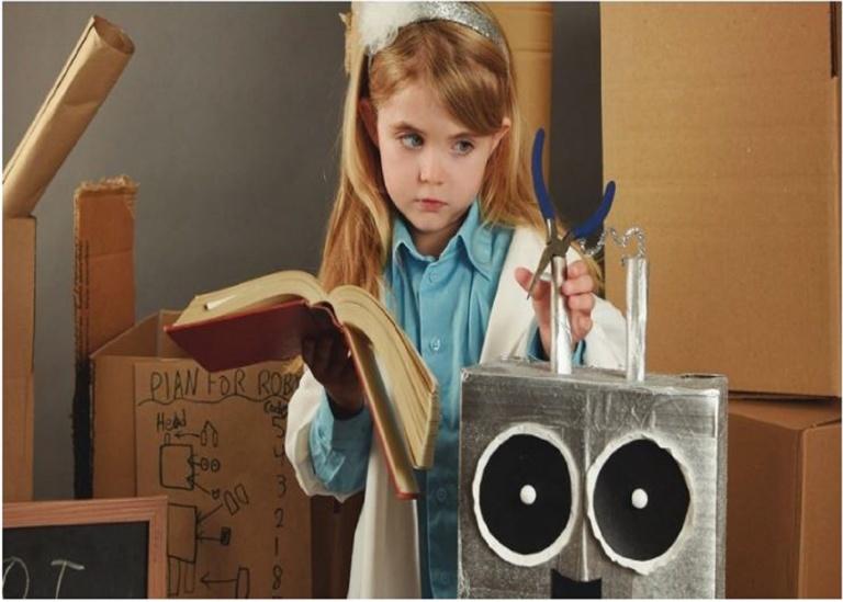 Be a Robot Maker: Christmas Tin Can Robot Workshop at K11 Kulture Academy, K11 MUSEA