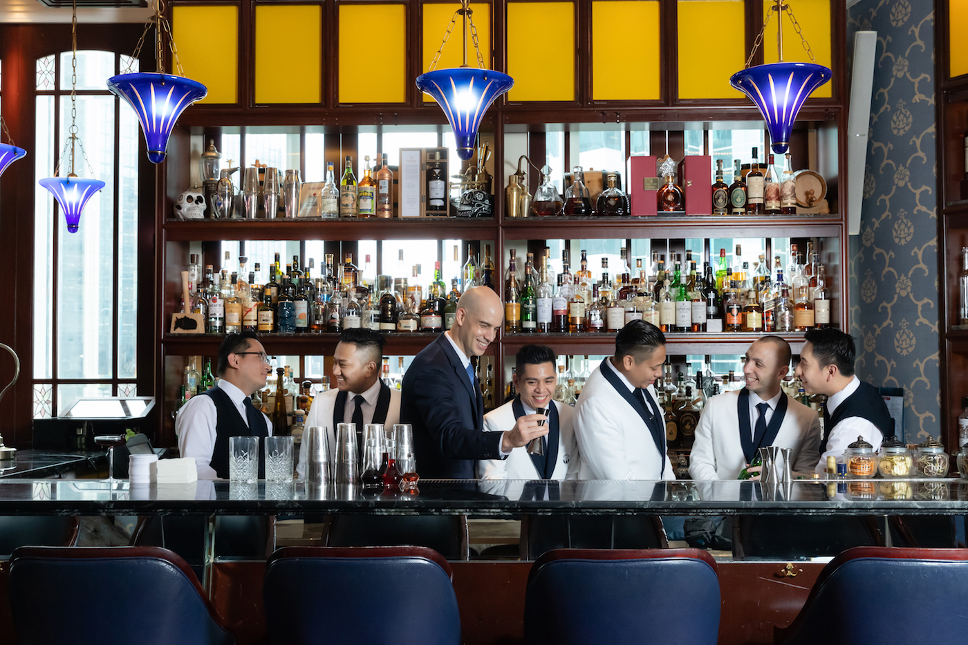 Find out why Lobster Bar and Grill at Island Shangri-La is one of our go-to cocktail spots
