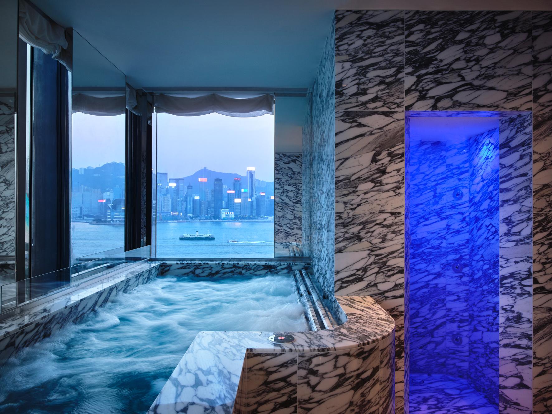 Hydrotherapy pool Asaya Hong kOng