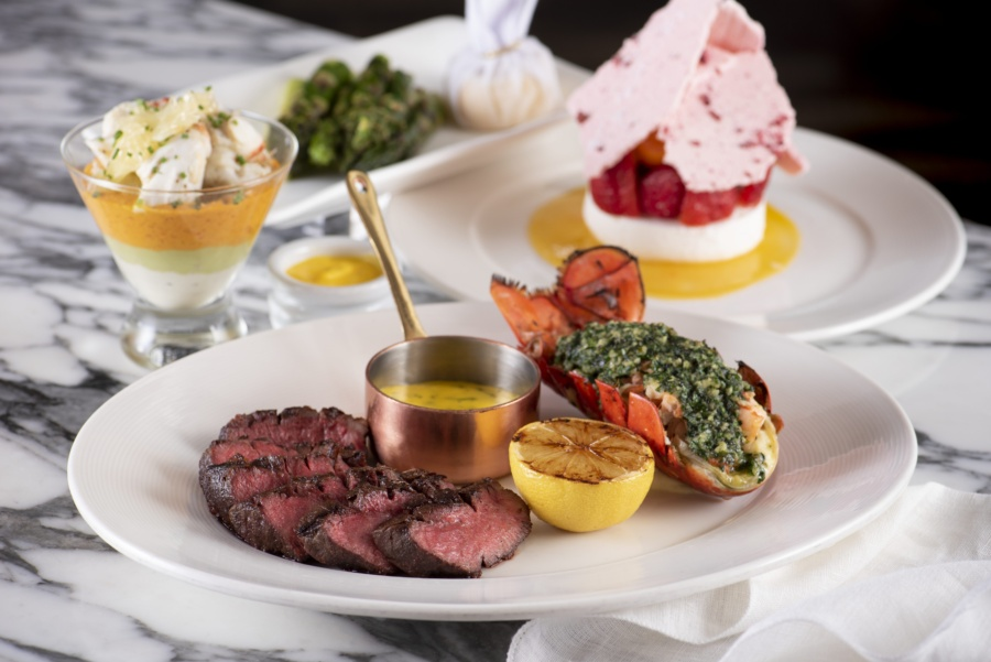 """Wooloomooloo Group' is offering  """"Steaklicious Set Dinner""""    Mix & match your own seafood and side dish with selected beef cut"""