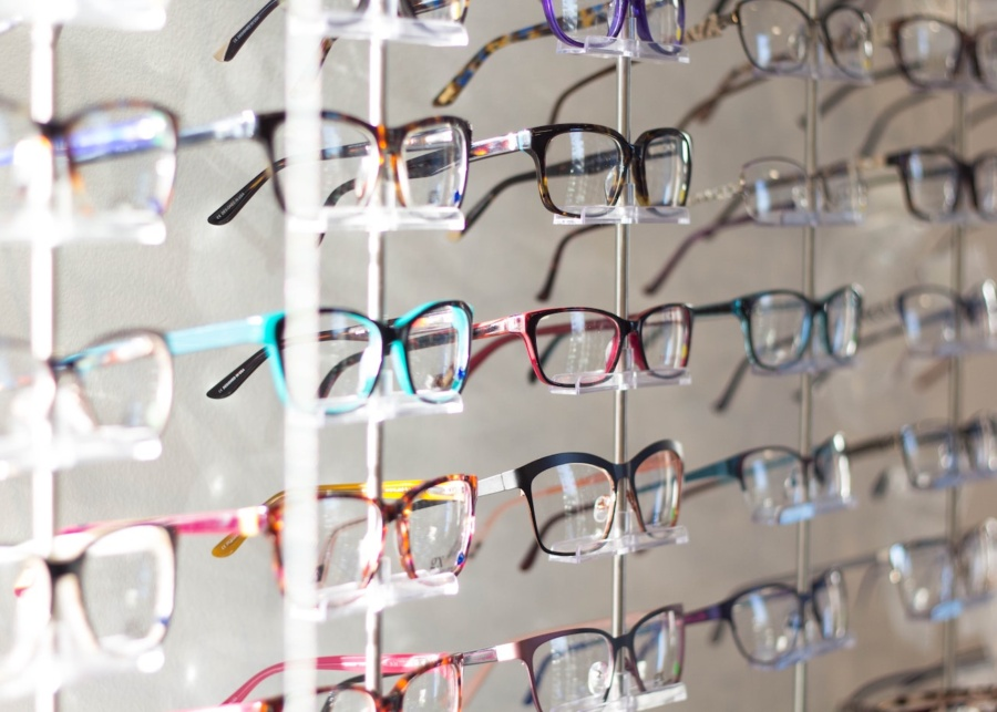 Where to buy cheap prescription glasses in Hong Kong