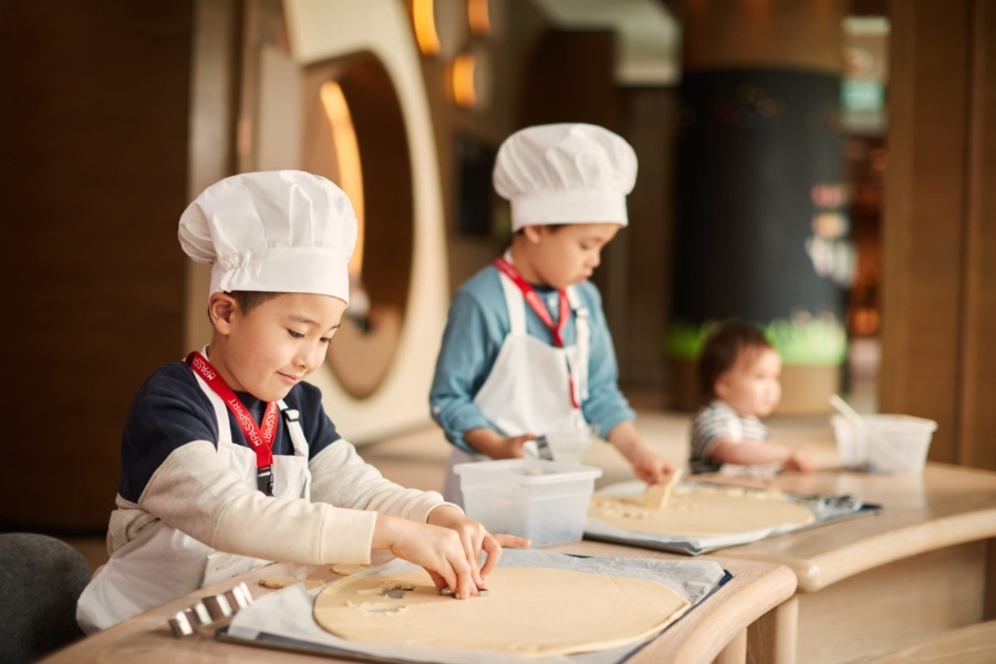 Family & Kids Club Fun Package at SkyCity Marriott