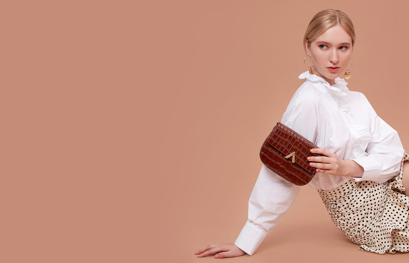 Giveaway time: Two lucky readers have the chance to win a gorgeous handbag from Esemble