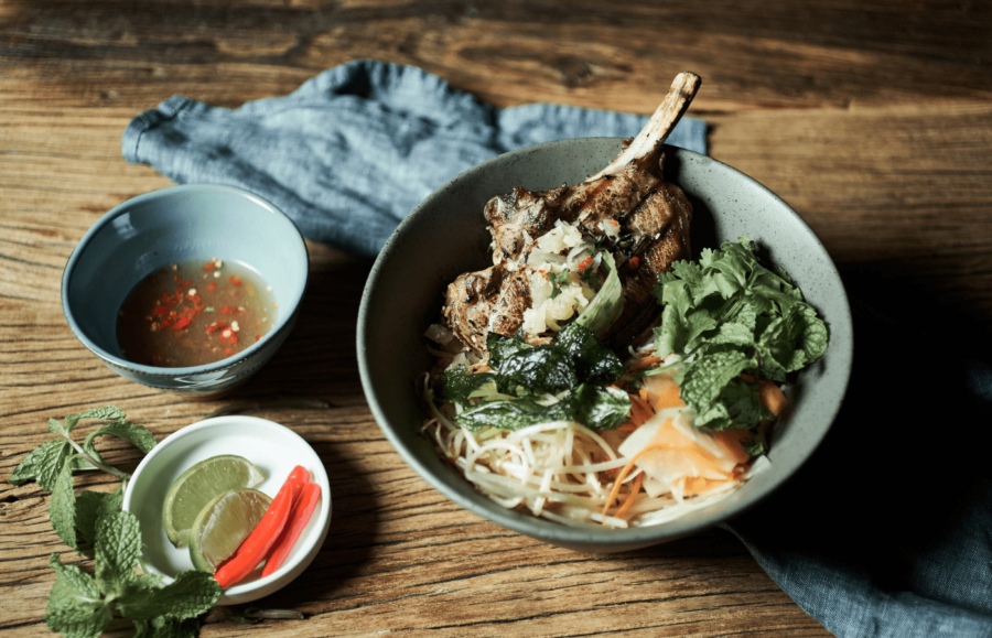 A Bowl of Vietnamese rice noodle